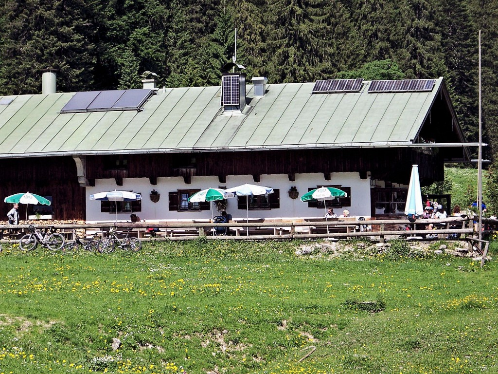 Schwarze Tenn-Alm 1040 m